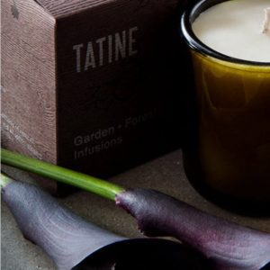 Tatine Juniper candle with flowers